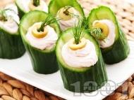 Коктейлни хапки - пълнени краставички с хайвер
